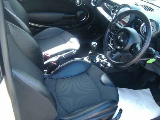 Mini Hatch 1 6 Cooper White Sold